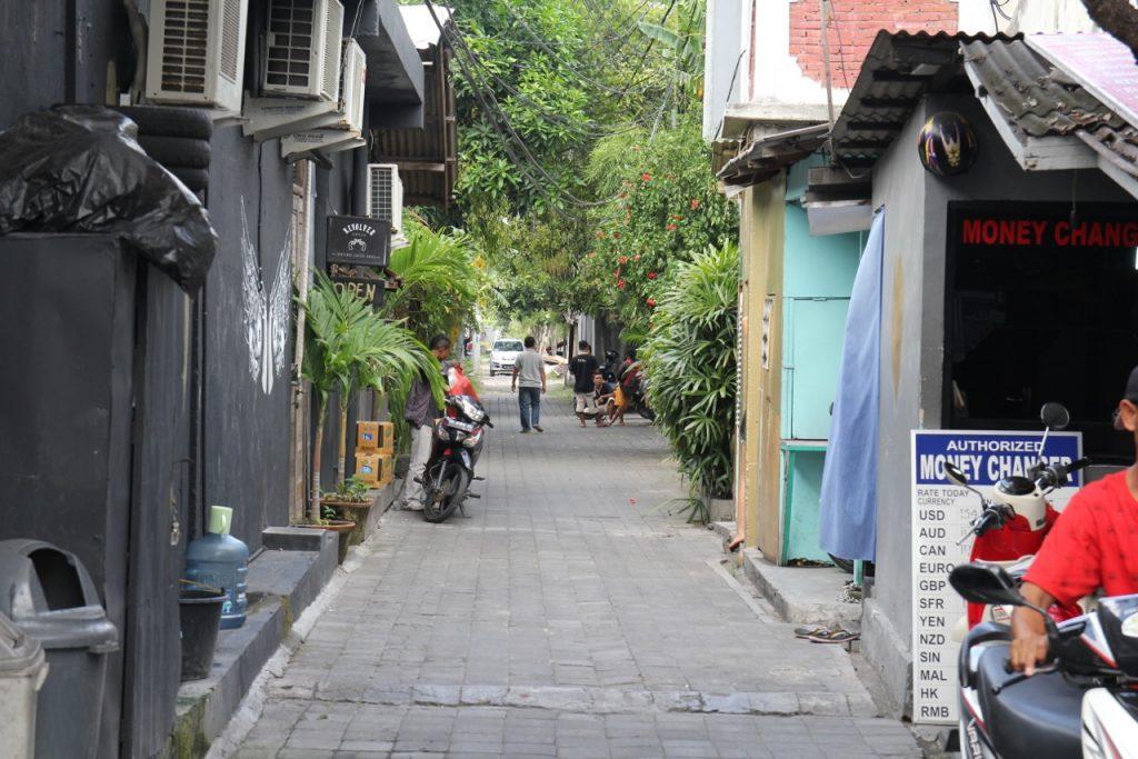Best restaurants in Seminyak: Revolver cafe, Seminyak, Bali
