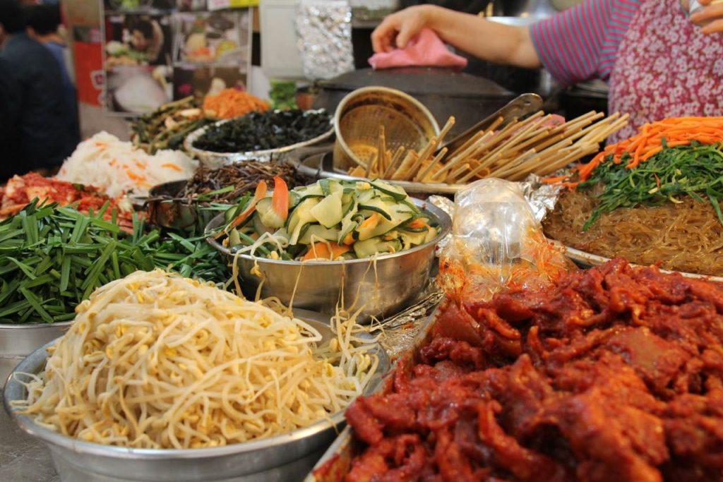 Seoul Gwangjang Market food banchan