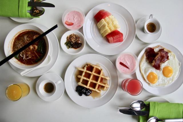 Accommodation in Kuala Lumpur: Breakfast at Nook, Aloft Kuala Lumpur Sentral