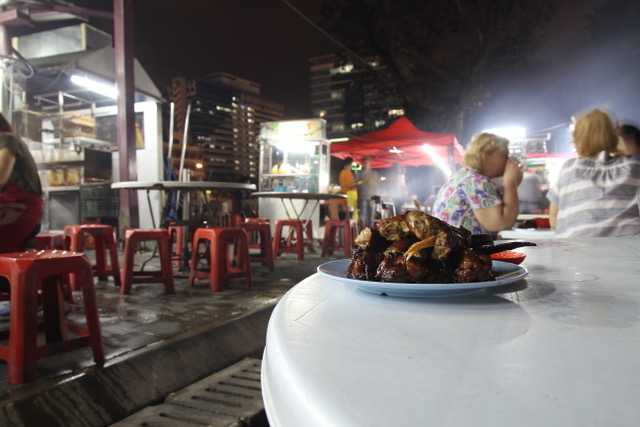 Food in KL: chicken wings at Wong Ah Wah on Jalan Alor