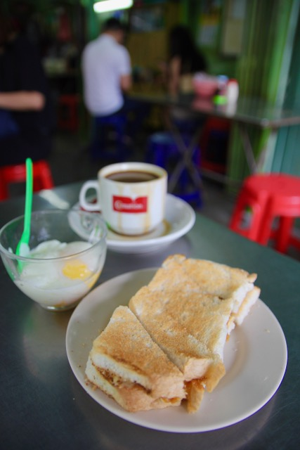 Places to eat in Penang: Traditional breakfast at Ah Soon Kopitiam