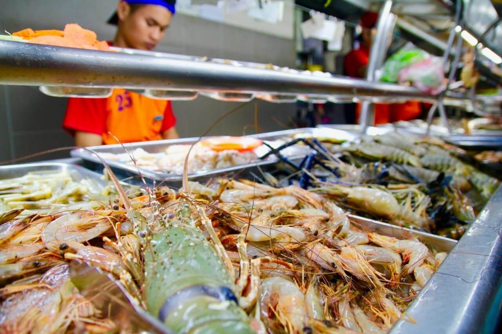 Seafood feast at Top Spot Food Centre, Kuching, Sarawak
