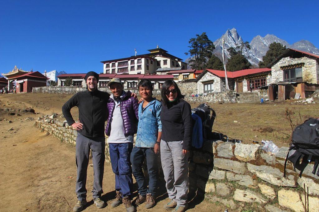 Everest Base Camp trek Tengboche Sheena, Thomas, guide and porter