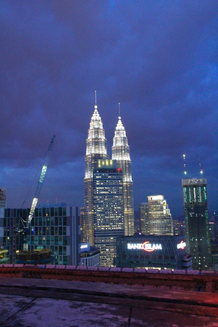What to see in Kuala Lumpur: the view of the Petronas Towers from Heli Lounge