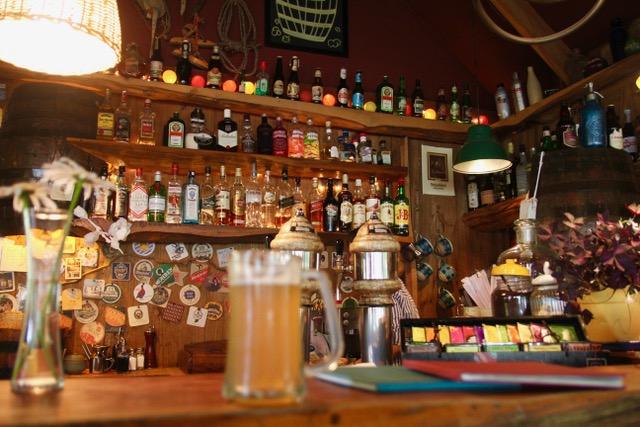Patagonia Travel Guide: Pilsner at La Cerveceria, El Chalten, Patagonia, Argentina