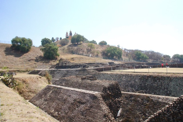 Things to do in Puebla: visit the Great Pyramid of Cholula