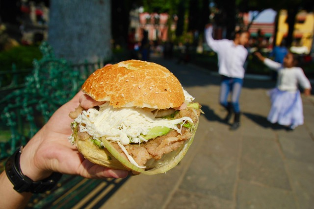 Puebla food: cemitas!