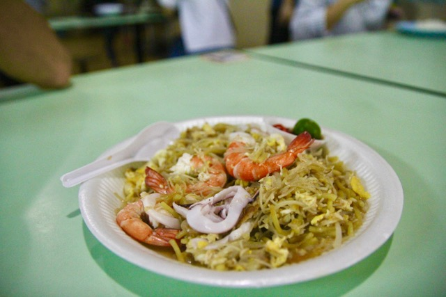 Old Airport Road Food Centre: Hokkien Fried Mee from Nam Sing