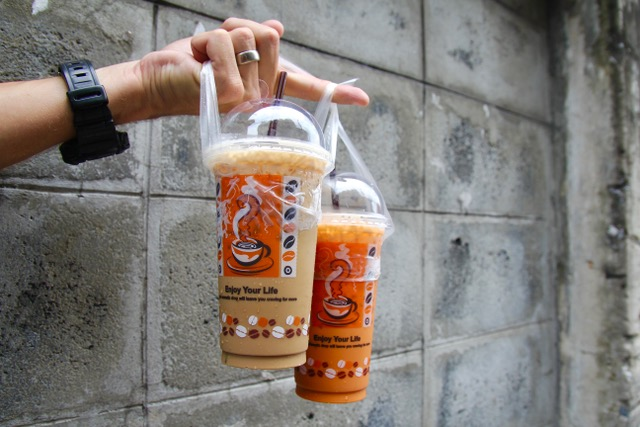 Thai street food: iced Thai tea and coffee