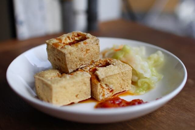Must eat Taiwanese dishes in Taipei: stinky tofu